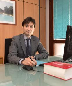 Cruder Emanuele, dottore commercialista